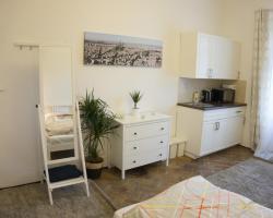 Sunny Apartment in Little Quarter