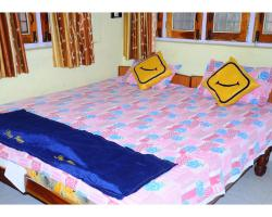 Vista Rooms At Ranjana Guest House