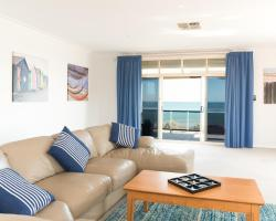 Seaview Sunset Holiday Apartments