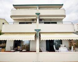 Apartment Okrug Gornji 16