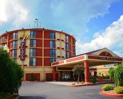 Plaza Hotel & Suites - Eau Claire