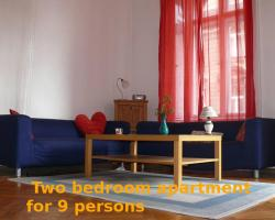 Kiraly Guesthouse with 2 private rooms