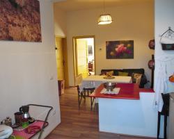Serrantica Apartment