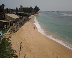 Happy Tuna Beach Hostel