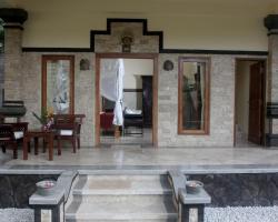 Lovina Bali Jegeg Villa