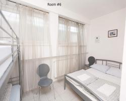 Hostel 24/1