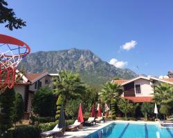 Villa Var Village