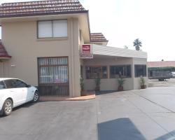 Caravilla Motel