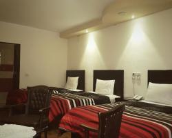 Mandarin Hostel