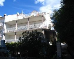 Guest House Cerjak