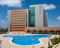 Ramada Plaza Gence