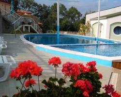 Kentavar Family Hotel