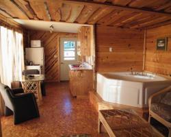 Mowat Landing Cottages