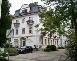 Hotel Weisses Haus