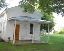 The Inn at Abbott Farm
