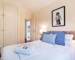 The Kempsford Garden Apartment