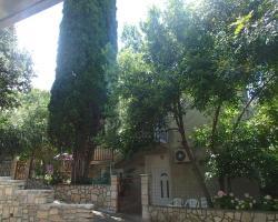 Oleander Apartment