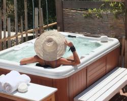 Lapis Port Surf Hotel