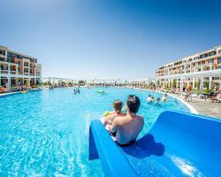 Premier Fort Beach Resort