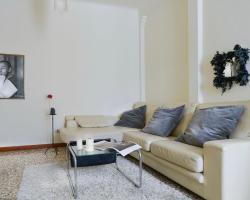 Testoni Halldis Apartments