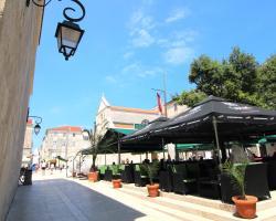 Old Town Rooms - L.M.Ruića Street