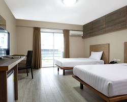 Watana Hotel