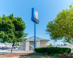 Motel 6 - Farmington Hills/Detroit Northwest