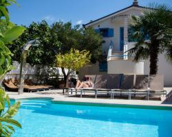 Apartments Villa Pina