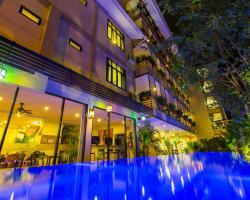 Karou Lotus Chang Moi Boutique Hotel
