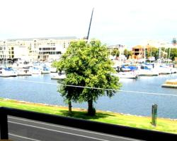 Bayswaterfront Apartments