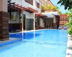 9 Dragon Hotel & Restaurant