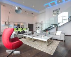 WMK Shortstay 2BR, Luxury Loft - Executive Towers
