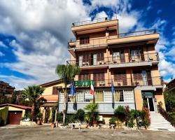 Hotel La Brocca Di Menei Giovanni