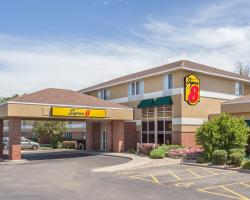 Super 8 by Wyndham Madison South