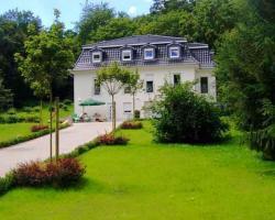 Weisses Haus Am Kurpark - Gartenblick