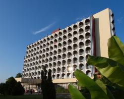 Silver Beach Retro Hotel