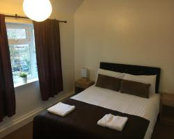 Comfy Guest House Feltham