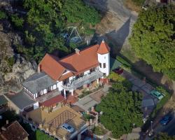 Valcsics Villa Panzió