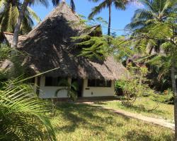 Shambani Cottages