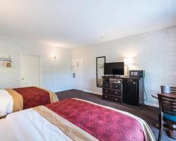 Econo Lodge Lee - Great Barrington