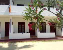 Relax Holiday Home & Tatyyana House