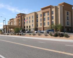 Hampton Inn and Suites Barstow