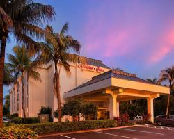 Hampton Inn Naples-Central