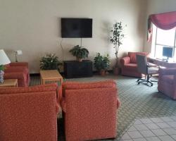 Syracuse Inn and Suites
