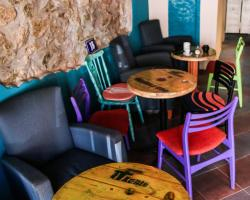 Varad Inn Boutique Hostel and Cafe