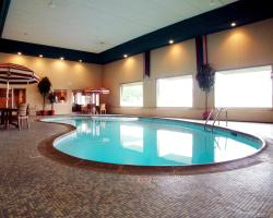 Americas Best Value Inn and Suites St. Cloud