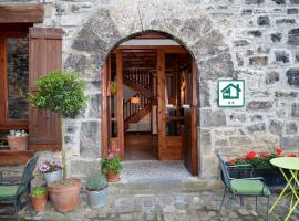 Casa Tetxe, Roncal (Navascués yakınında)