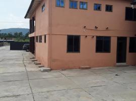 Nikaaso International Guest House, Old Tafo (рядом с городом Obomen)