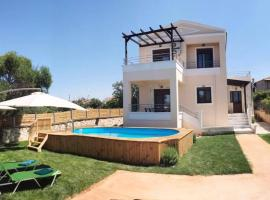 M&M Villa, Kathiana (Near Chania International Airport)