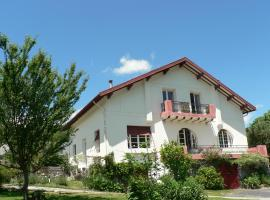 Le Toit Rouge B&B, Hèches (рядом с городом Lortet)